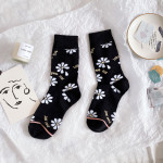Ms Socks Literary Personality In The Long-barreled Socks Women's Socks Fashion Wild Flowers Wind Socks - Black And White One Size