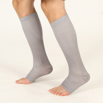 Open Toe Toeless Compression Socks Protective Leg Sleeves Solid Color Winter Sports Compression Stockings Nylon Outdoor Socks Volleyball Socks - White One Size