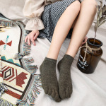 Ms. Autumn And Winter Solid Color Cotton Toe Socks Short Tube Socks Toe Points To Help Low-boat Socks Retro Sen Department - Red 4 One Size