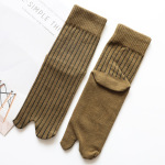 Tabi M Cotton Dongkuan Thick Stripes In The Cylindrical Solid Absorbent Warm Toe Socks - Green One Size