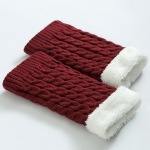 Thickened Knee Leg Warmers Knitted Wool Warm Sheath Twist Cashmere Socks - Cream-colored